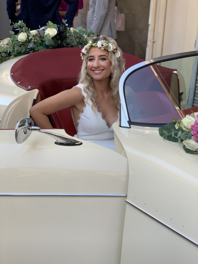 And they lived happily ever after! Ioanna's wedding summer 2019 at Katerini Greece - Make Me Bridal Artist: Eleni Liatsou Make up. #naturalmakeup #bohobride #bohowedding #romanticmakeup #romanticlook #naturalskin #bridalmakeupartist #wingedliner #flawless #wavyhair #bride #flawlessmakeup #flowercrown