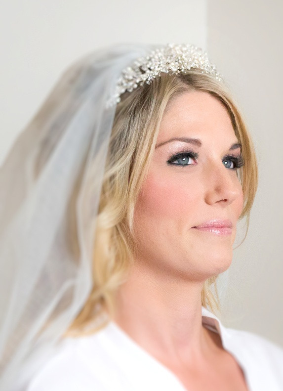 - Make Me Bridal Artist: Samantha Eaton Make-up. Photography by: Harvey and Harvey Photography . #classic #glamorous #lashes