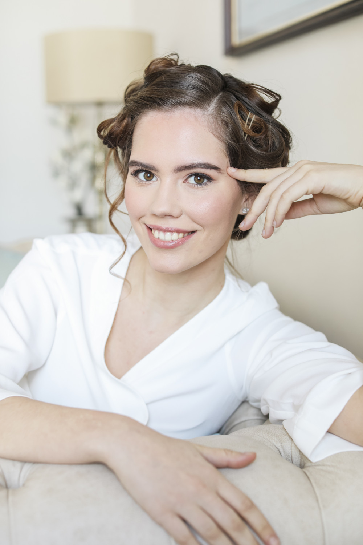 - Make Me Bridal Artist: Kate Waller Hair & Make up. Photography by: Natalie D Photogrpahy. #classic #glamorous #naturalmakeup #weddingmorning #bridalmakeup #bridesmaid