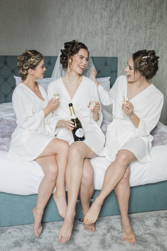 Champagne on the morning of the wedding - Make Me Bridal Artist: Kate Waller Hair & Make up. Photography by: Natalie D Photography. #naturalmakeup #bridalmakeup #bridesmaid #bridesmaidhairandmakeup #bride #bridesmaidmakeup