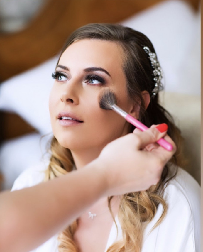 - Make Me Bridal Artist: Make-up By Lexi Brownfield. Photography by: Andy Griffin. #classic #glamorous #weddingmorning #smokeyeyes #princess #dreamy