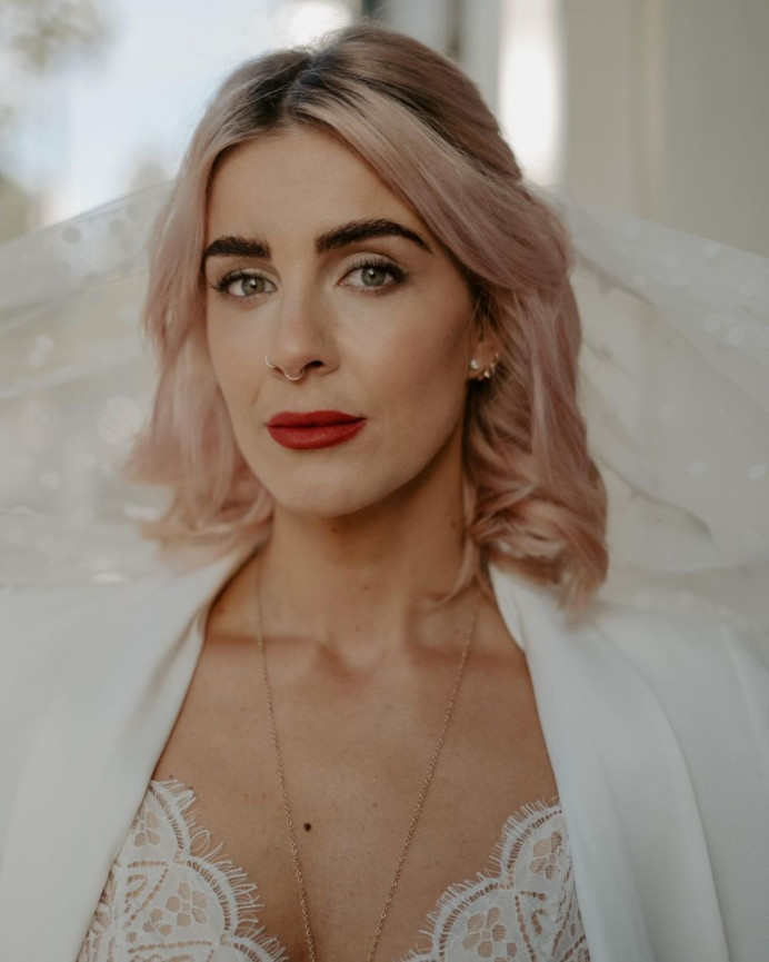 - Make Me Bridal Artist: Abi Taylor Bride. Photography by: Emily Robinson. #naturalmakeup #londonwedding #londonmakeupartist
