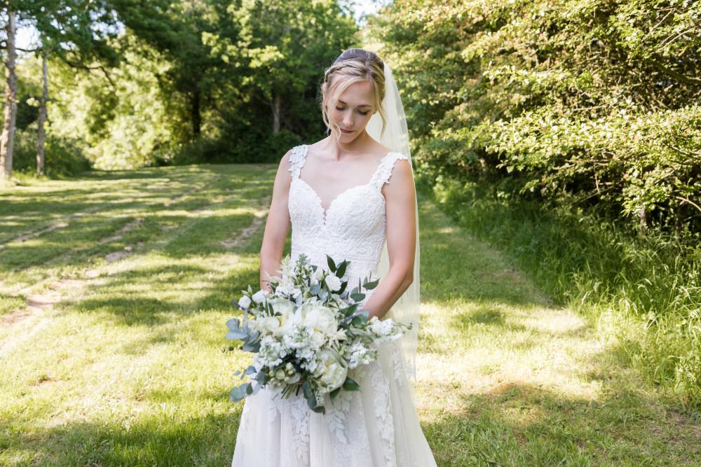 - Make Me Bridal Artist: Brunetti Artistry MUA. Photography by: Heather Jackson. #classic #vintage #bridalmakeup #bridesmaid