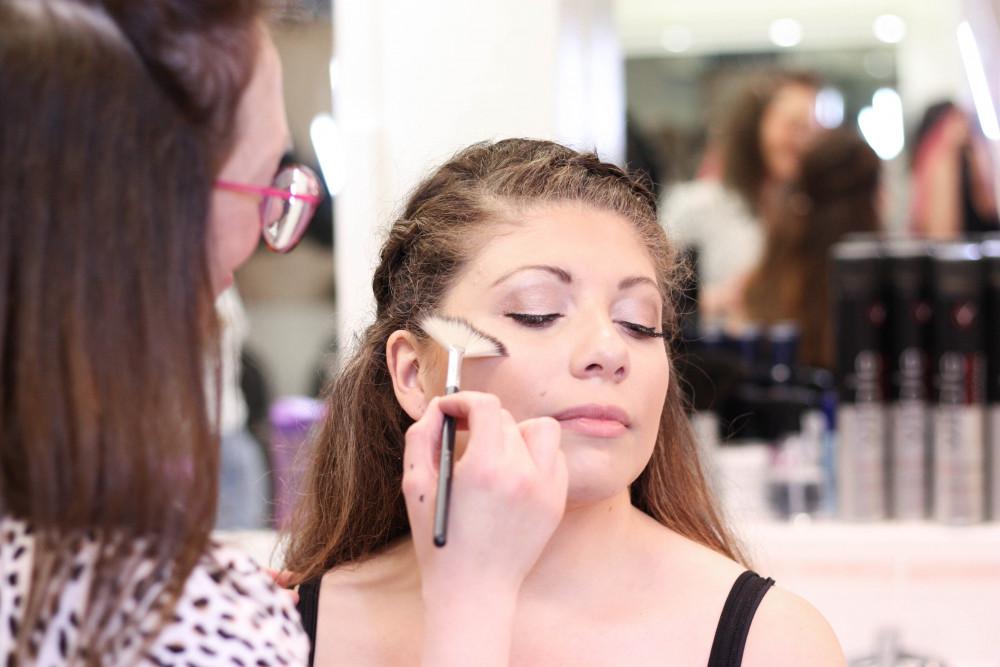 Natural Wedding Makeup - Make Me Bridal Artist: Michelle Cousins Makeup Artist. Photography by: Lucy Jayne Makeup Academy. #naturalweddingmakeup #weddingmakeupkent