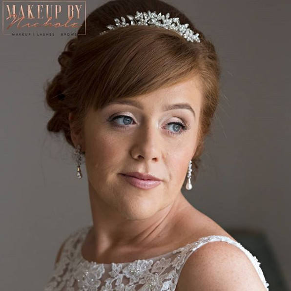 Airbrush makeup by Nichola - Make Me Bridal Artist: Makeup By Nichola. Photography by: Jeff Turnbull. #classic #naturalmakeup #traditional #airbrushmakeup
