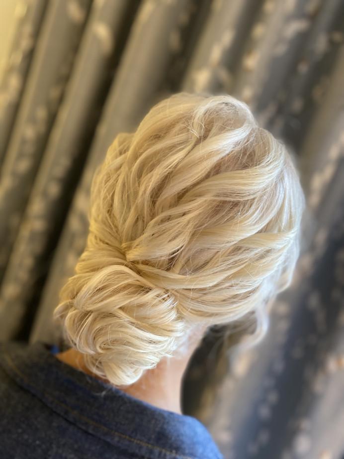 - Make Me Bridal Artist: Suzanne Dusek Hair & Makeup. #bridalhair