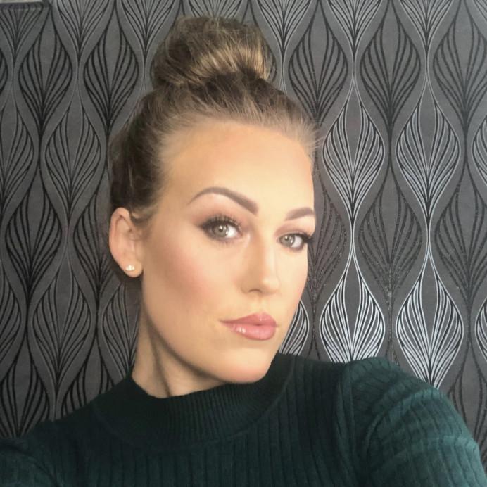 - Make Me Bridal Artist: Suzanne Dusek Hair & Makeup.