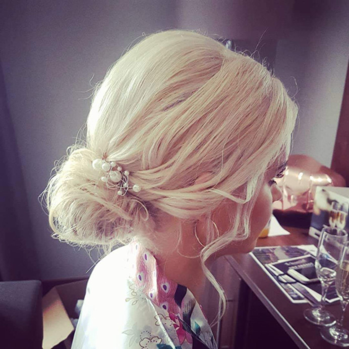 - Make Me Bridal Artist: Hair Creations North West. #chignon #hairup #bridesmaidhair #haircreationsnorthwest