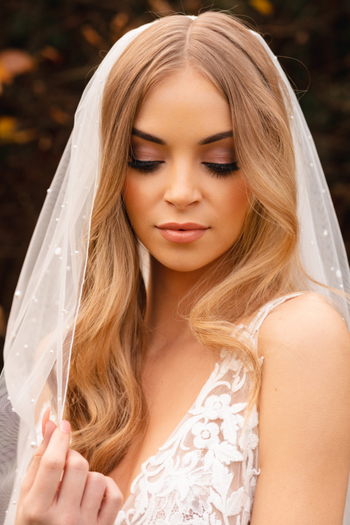 - Make Me Bridal Artist: Catherine Strong Hair & Make-up. Photography by: Timothy James. #classic #naturalmakeup #bridalmakeup #bridalhair #weddinghairandmakeup #softcurls
