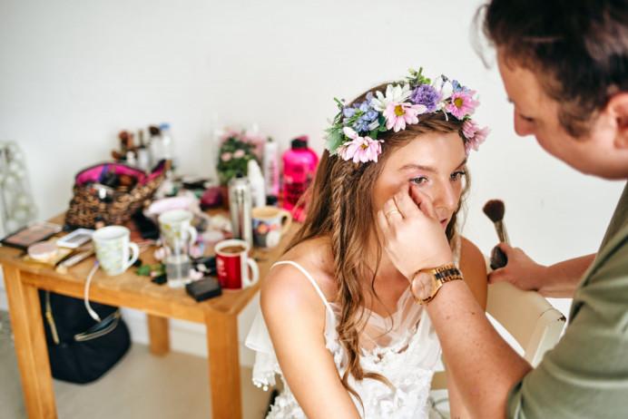 - Make Me Bridal Artist: Makeup art Magda.