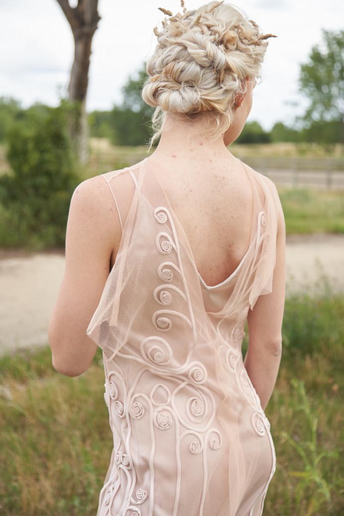 - Make Me Bridal Artist: Stella Tsiledaki.