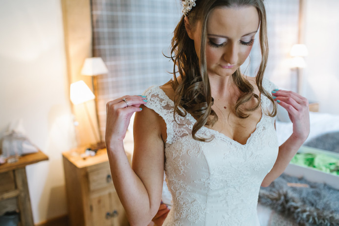 - Make Me Bridal Artist: Arabella Hewitt Make Up Artist. Photography by: Debs Ivelja. #glamorous #naturalmakeup #halfuphair #curls #bridalmakeup #soft #brunette