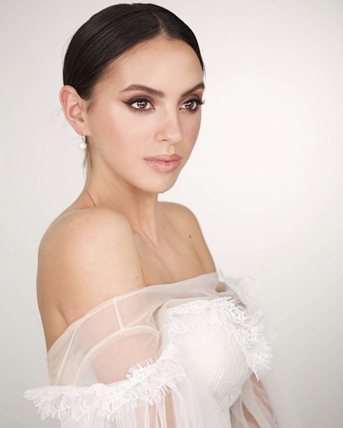 - Make Me Bridal Artist: Amy Goode Make-up Artist. Photography by: Kristina Gasperas. #classic #naturalmakeup #bridalmakeup #eyeliner #nudelip