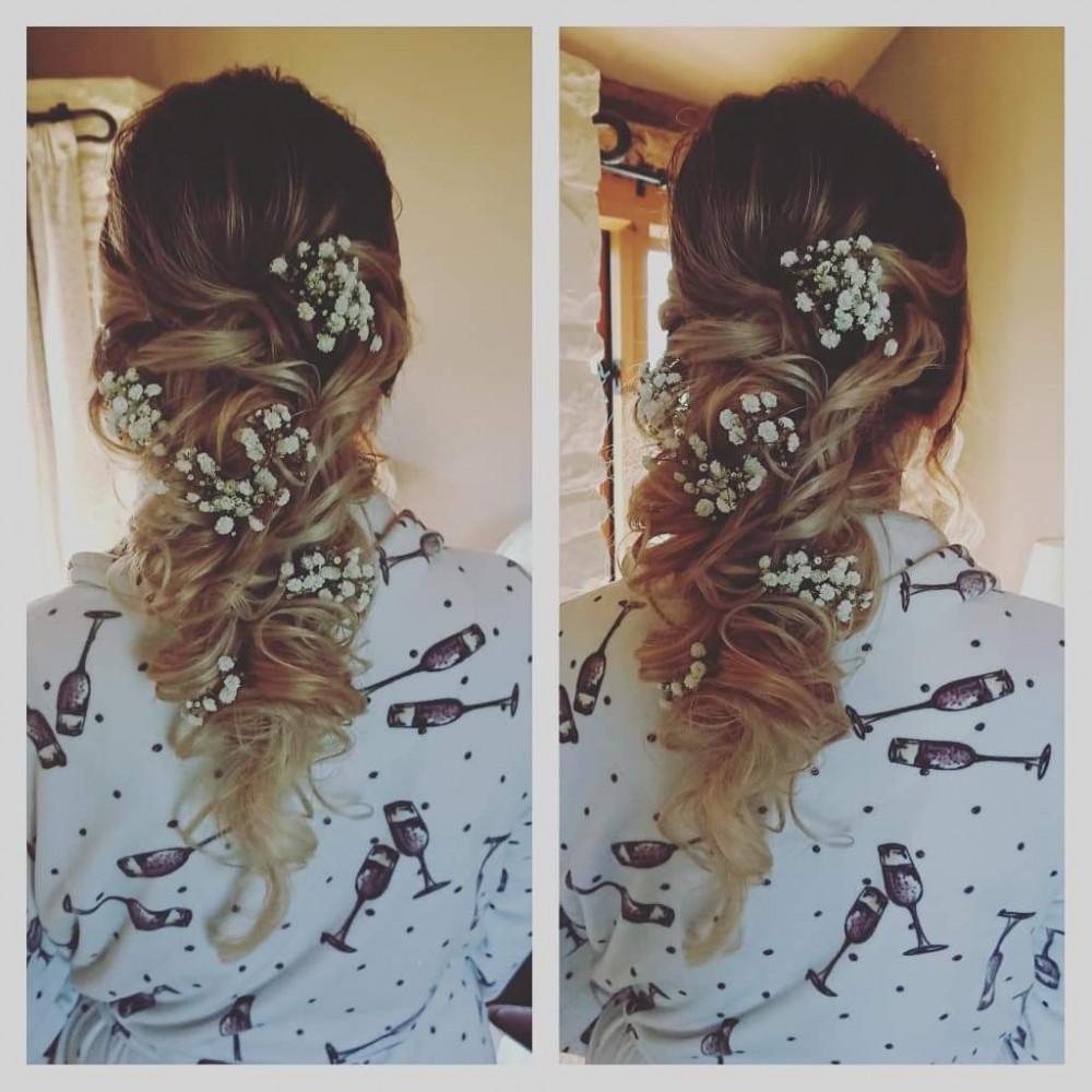 - Make Me Bridal Artist: Beautystyle. Photography by: My own image. #bohemian #halfuphair #gypsophila #bridalhair #updo #romantichairup #weddinghair