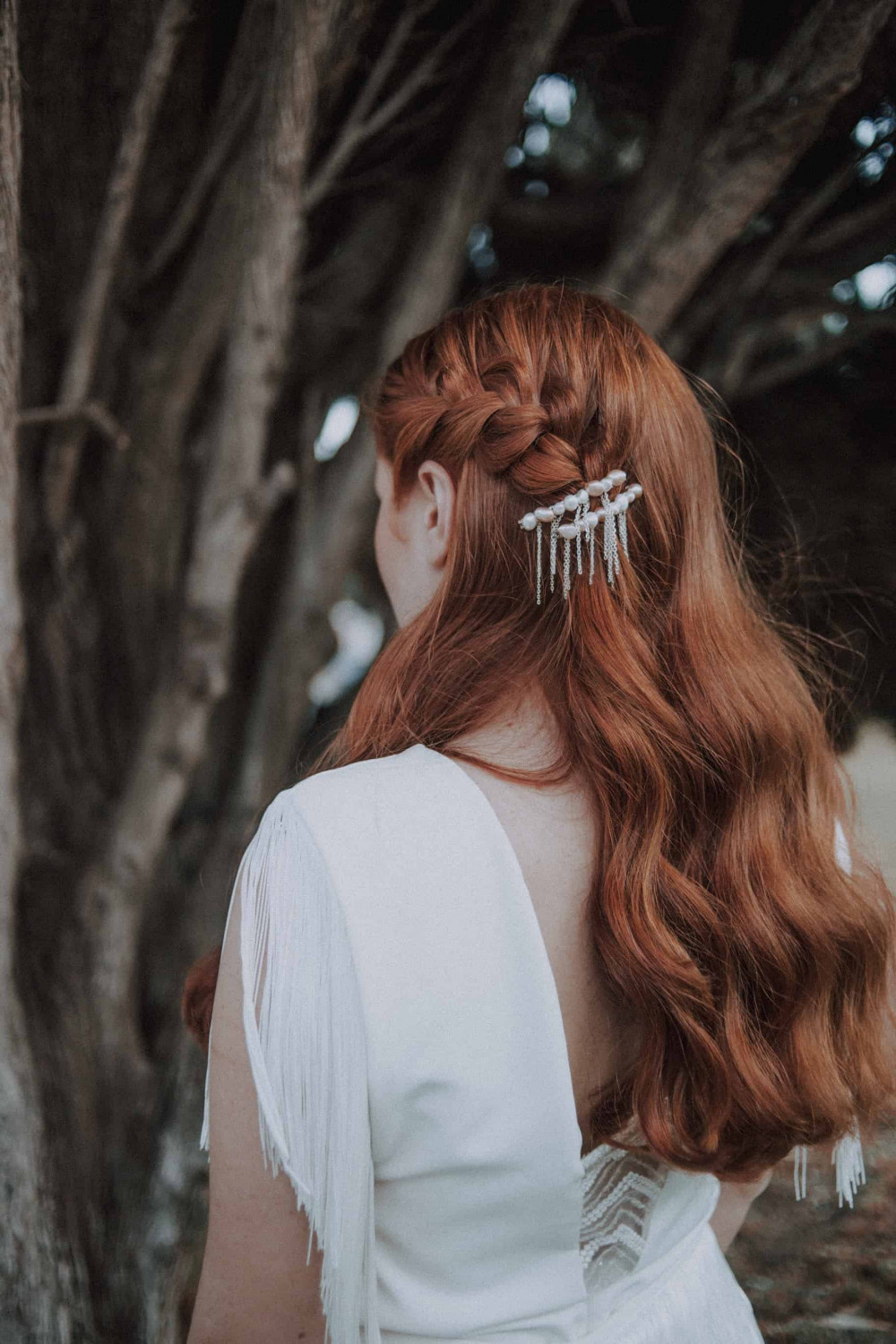 Bridal editorial (hair and hair piece made by me) - Make Me Bridal Artist: let's hair. Photography by: Sofia Spada. #boho #bridalhair #braids #loosecurls #redhead #redhair #loosehairup #loosewaves #romantichair #elegant #eleganthair #bridallook #naturalhair