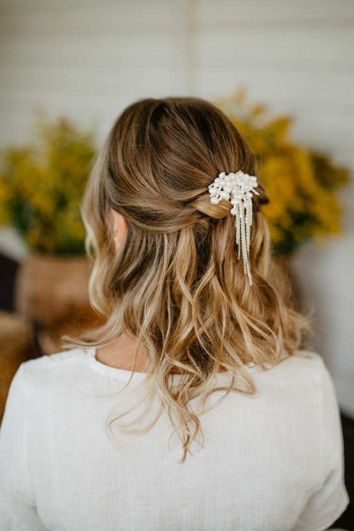 Bride Lina (hair and hair piece made by me) - Make Me Bridal Artist: let's hair. Photography by: Greta. #bohemian #rustic #weddinghair #bridalhair #bridalhairstylist #bridesmaidhair #natural #boho #halfuphair #halfuphalfdown #naturalbride #shorthairbride #effortless #effortlesshair #looseupdo #loosewaves #romantichair