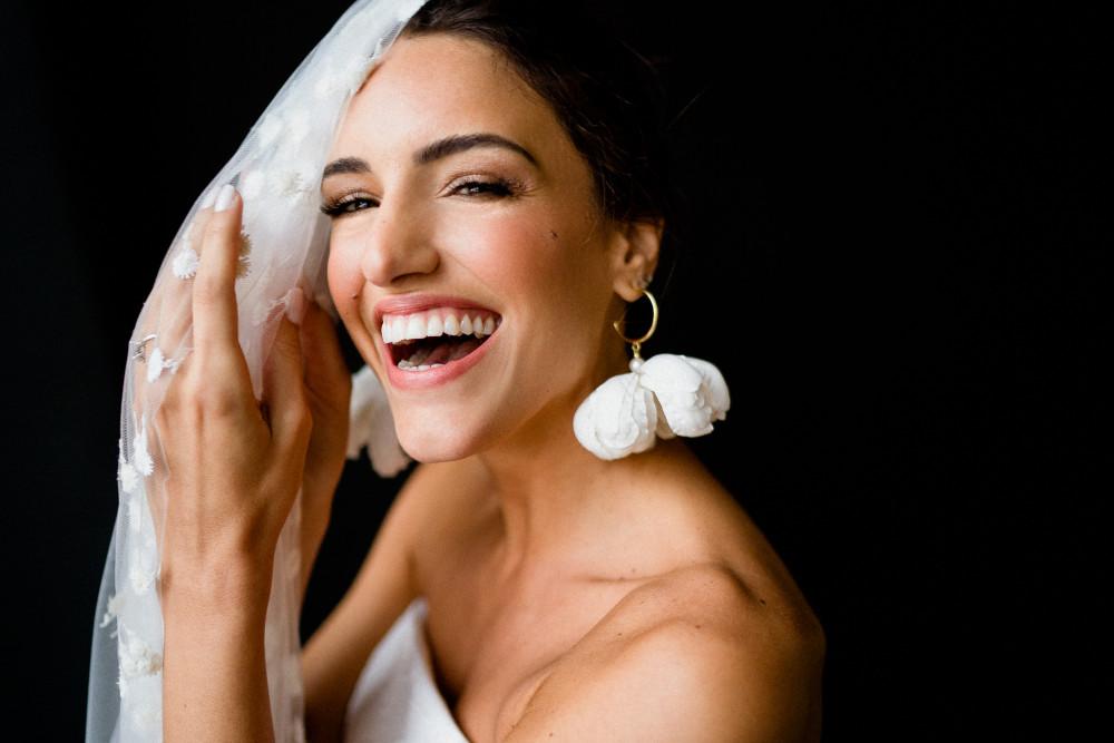 - Make Me Bridal Artist: Sylwia Kunysz Makeup Artist. Photography by: Voyteck Photography. #glamorous #londonbride #chicbride