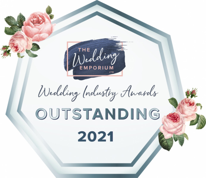 I am absolutely delighted to announce that I have won The Wedding Emporium Industry Award - Outstanding for Bridal Hair for South Yorkshire, 2021.