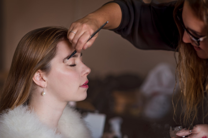 - Make Me Bridal Artist: Emma Olliff . Photography by: Jen Matthews-Bright. #classic #glamorous #weddingmorning #weddinghair #weddingmakeup #meatwork