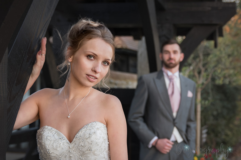 - Make Me Bridal Artist: Emma Olliff . Photography by: Jen Matthews-Bright. #glamorous #naturalmakeup #elegant #weddingmakeup #princess