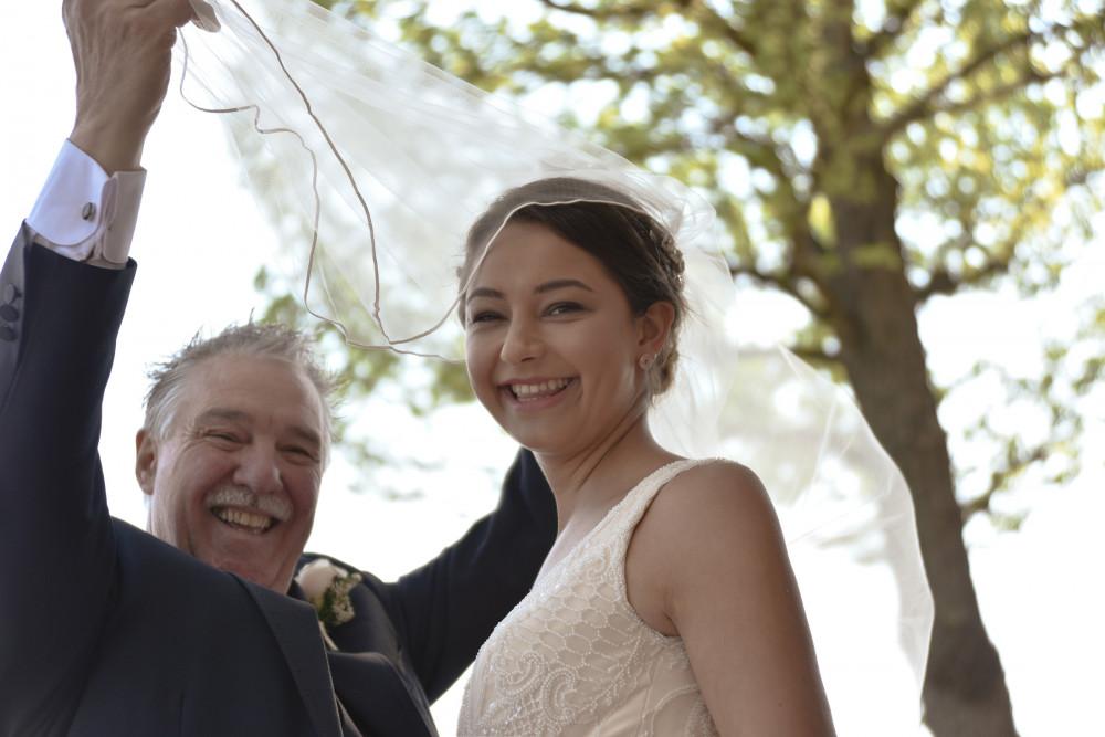 - Make Me Bridal Artist: Emma Olliff . Photography by: Jaqulyn Hamilton. #bohowedding #naturalweddingmakeup #naturalbride #summerwedding #beachwedding