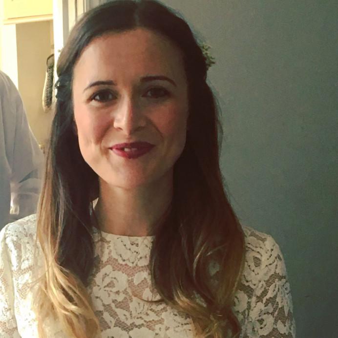 - Make Me Bridal Artist: Emma Olliff . #bohemian #naturalmakeup #flowersinherhair #bohobride