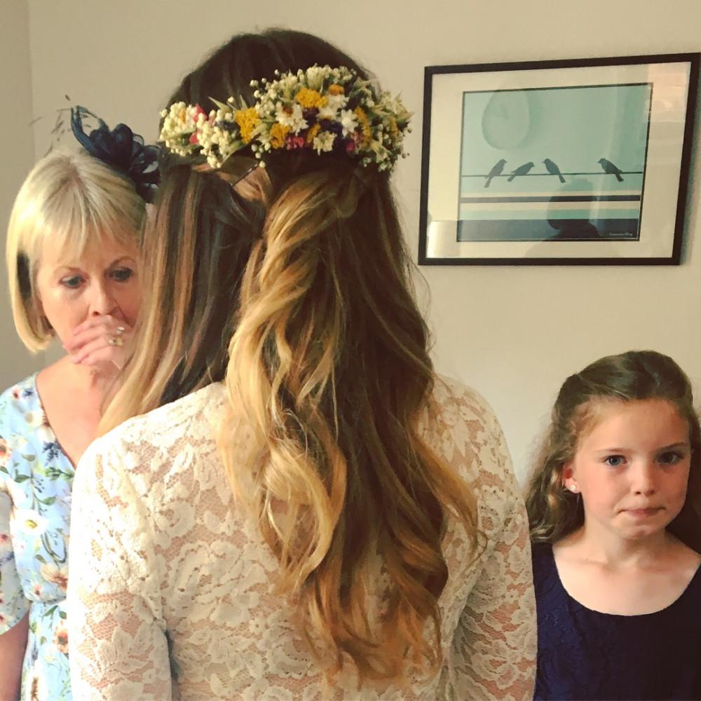 - Make Me Bridal Artist: Emma Olliff . #naturalmakeup #halfuphair #flowersinherhair #bohobride #bohemian
