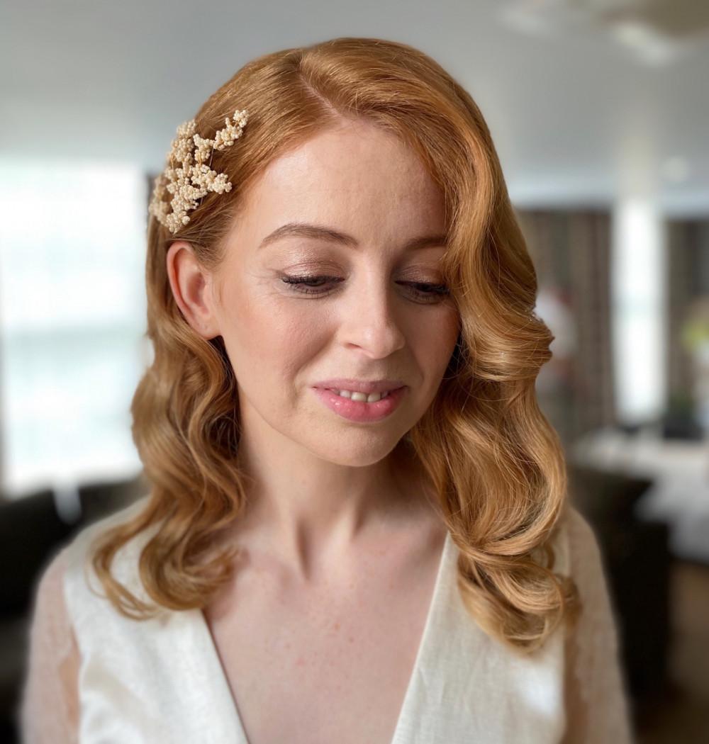 - Make Me Bridal Artist: Zoe Sharman hair and makeup. #naturalmakeup #hollywoodwaves #hollywoodglamour