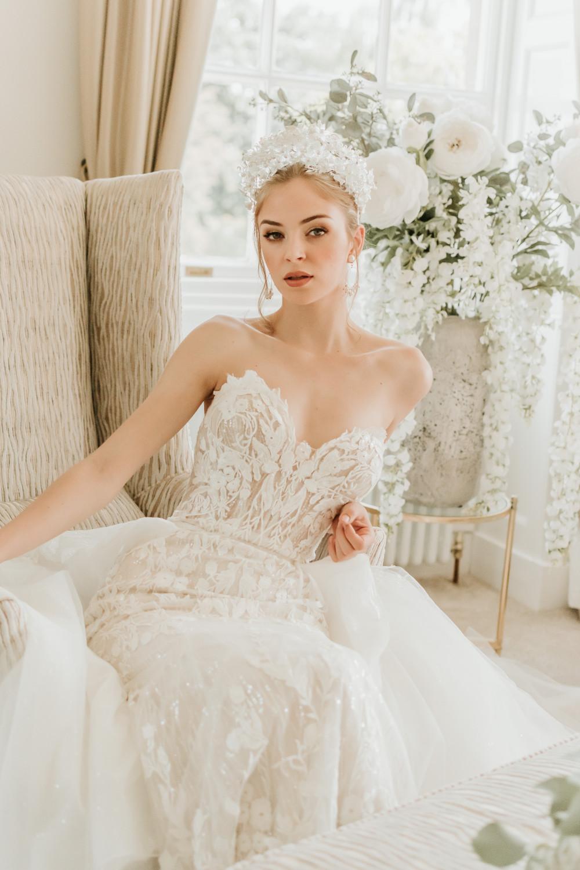 - Make Me Bridal Artist: SJM Beauty   Make-up Artist. Photography by: Stephanie Morgan. #naturalmakeup #bridalmakeup #beautifulbridalmakeup #londonwedding #londonmakeupartist #luxurywedding #luxurymakeup