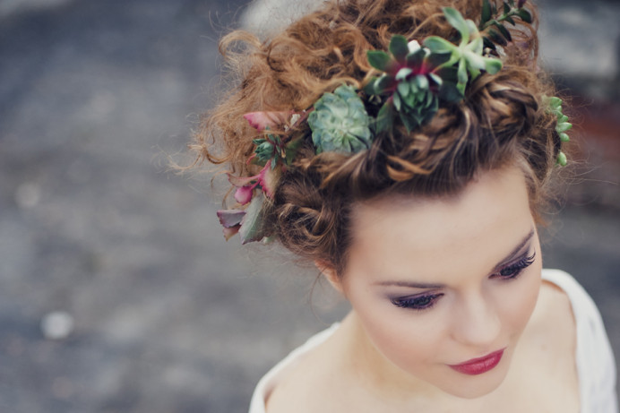 hairstyling: Christina Jessel - Make Me Bridal Artist: Carolanne Armstrong Hair and Makeup. Photography by: Eliza Claire. #boho #flowercrown #bridalmakeup #beauty #flawless #bohobride #bohowedding #alternative #florals