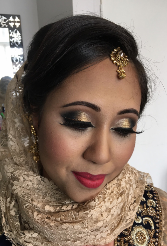 Asian Wedding, sister of the bride. - Make Me Bridal Artist: Nipona Khan Professional Hair & Makeup Artist. #weddinghairandmakeupartist #glamorousmakeup #weddingguestmakeup