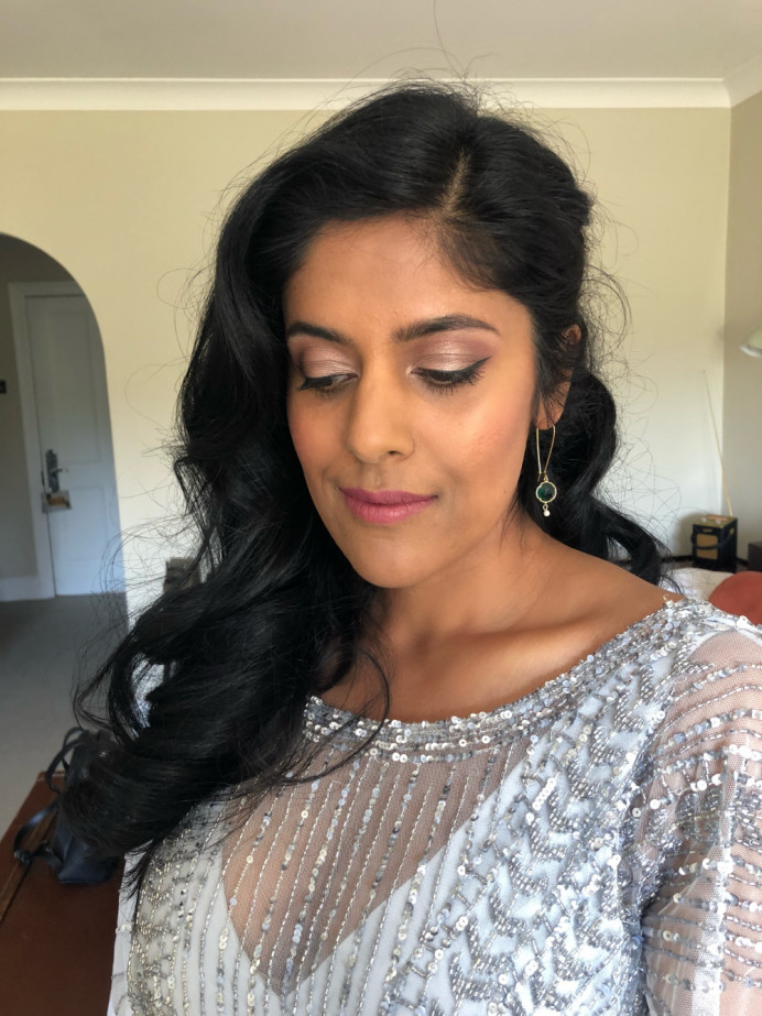 Soft-Glam Bridesmaid makeup - Make Me Bridal Artist: Nipona Khan Professional Hair & Makeup Artist. #naturalmakeup #bridesmaidmakeup #softglammakeup #naturalglam