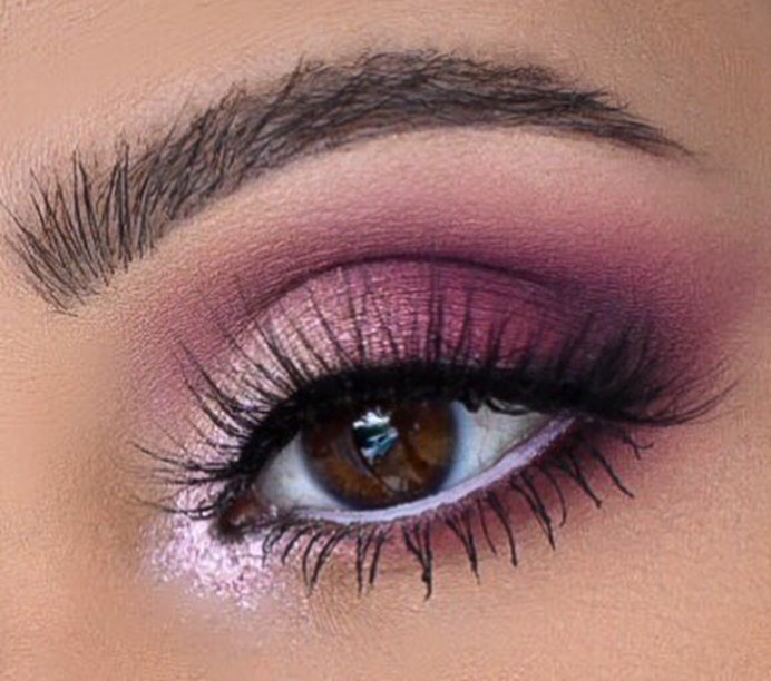 Mauve eye makeup - Make Me Bridal Artist: Nipona Khan Professional Hair & Makeup Artist. #glammakeup #eyemakeup #weddingmakeupinspiration #pinkhues