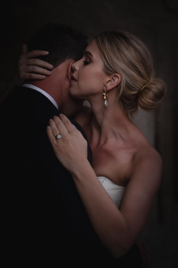 - Make Me Bridal Artist: Petal Blush. Photography by: Andrea Verenini. #naturalmakeup #highbun #bun #classicmakeup #classichair #sleekbun