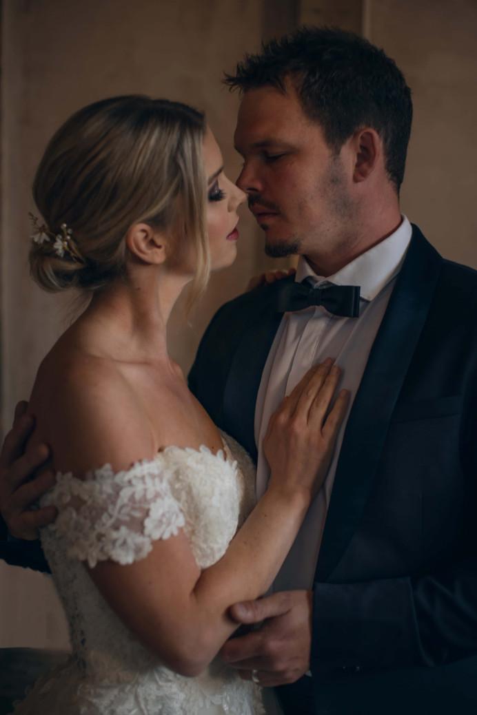 - Make Me Bridal Artist: Petal Blush. Photography by: Andrea Verenini. #smokeyeyes #flawlessmakeup #glammakeup #relaxedupdo #texturedbun