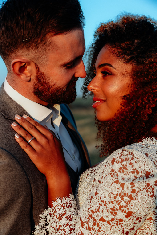 - Make Me Bridal Artist: Petal Blush. Photography by: Moments Captured. #naturalmakeup #glowingskin #flawlessskin #glowy