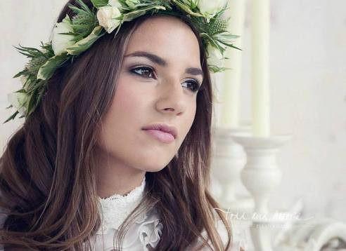 - Make Me Bridal Artist: Alison Martin Hair & Make-up. Photography by: Todd & Moore. #classic #boho #naturalmakeup #bridalmakeup #bridalhair #flowersinherhair