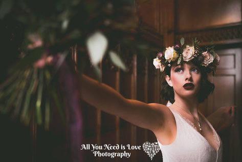 - Make Me Bridal Artist: Alison Martin Hair & Make-up. Photography by: Becki McPhillips. #vintage #glamorous #bridalmakeup