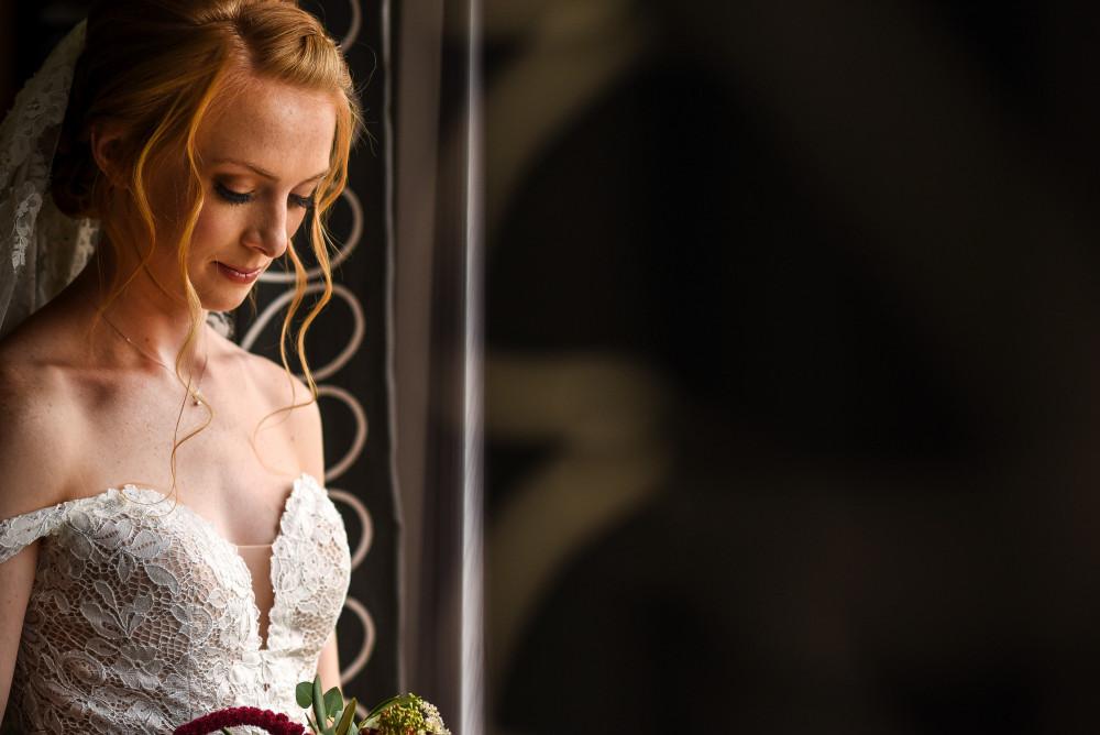 - Make Me Bridal Artist: Nicola Jane - Makeup Artist. Photography by: Dan Wootton. #bridalmakeup #airbrushmakeup