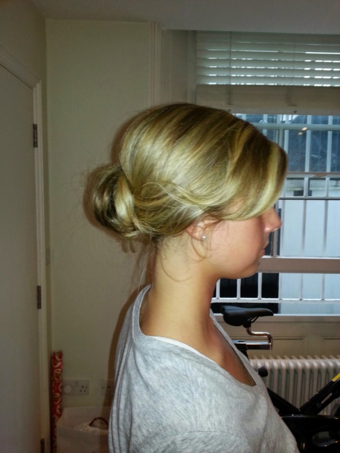 Loose and soft style hair trial for one of my lovely brides - Make Me Bridal Artist: Carolina Samper. #classic