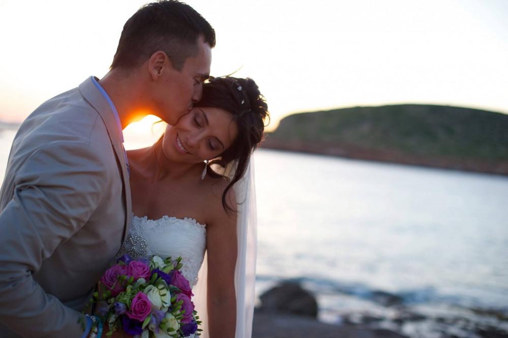 - Make Me Bridal Artist: Carolina Samper. #bohemian #beachwaves #beachwedding #sunset