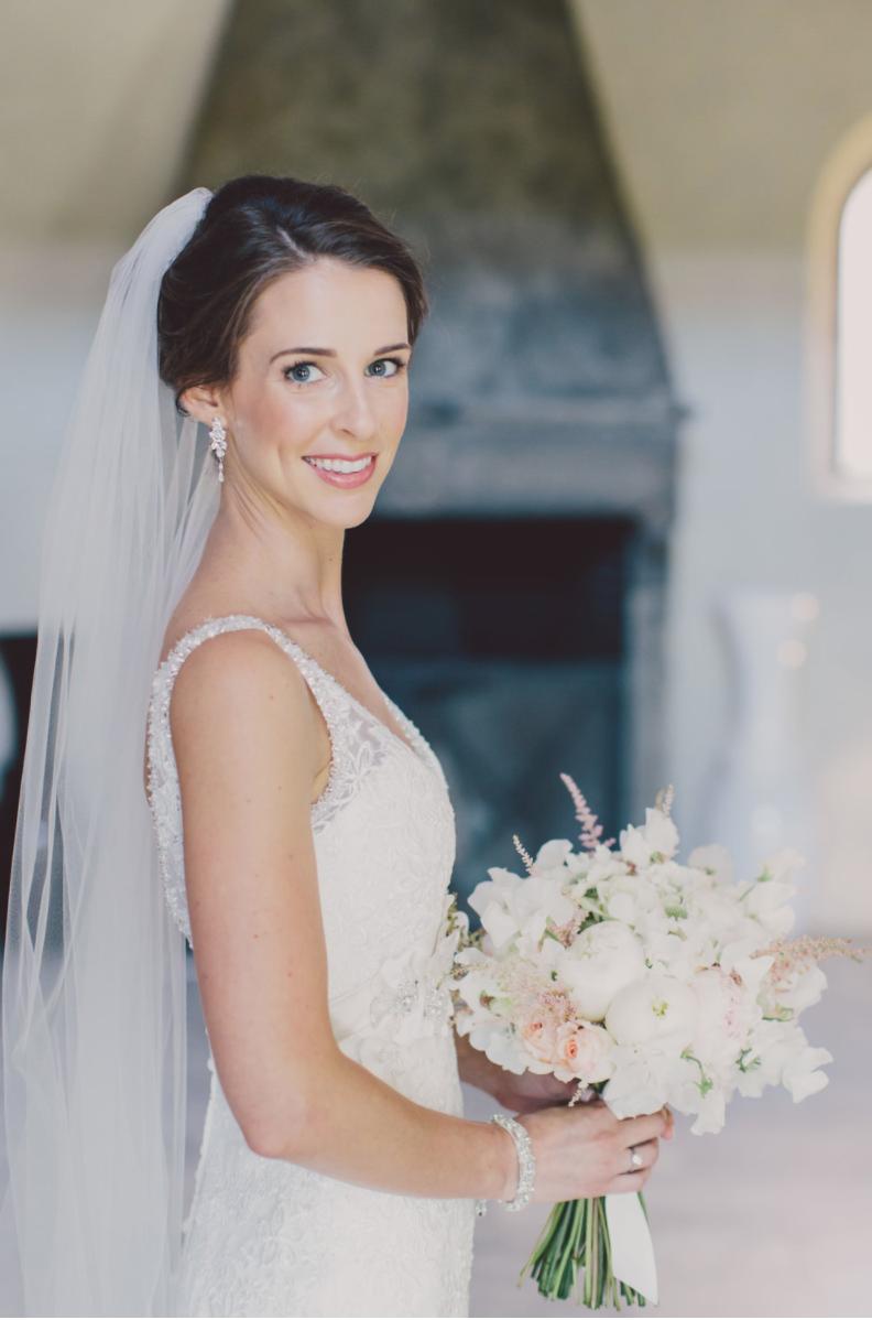 Blush one of my favourite products when it comes to bridal makeup - Make Me Bridal Artist: Carolina Samper. #flawlessbride #pinklipstick #blush