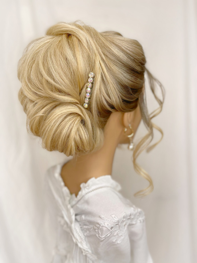 - Make Me Bridal Artist: Parisiumhair. #classic #glamorous #boho #curls #blonde #glow #bridalhair #updo #soft #pretty #romantichairup