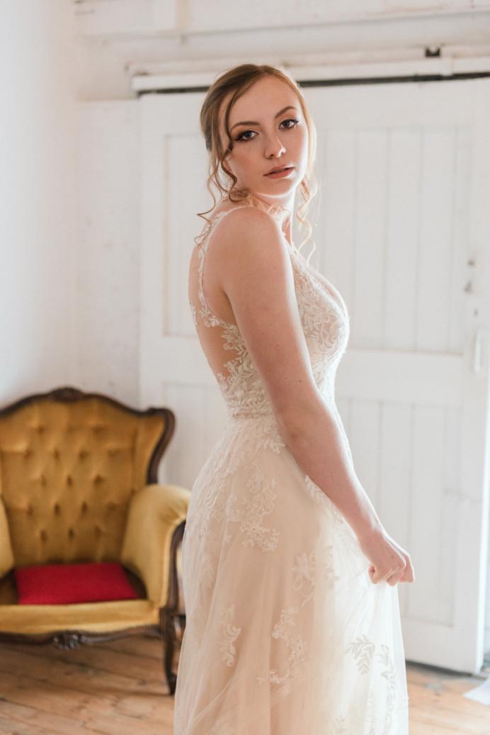 - Make Me Bridal Artist: Makeup by Sabina M. Photography by: Hong-Linh. #classic #naturalmakeup #bridalmakeup #makeup #bride