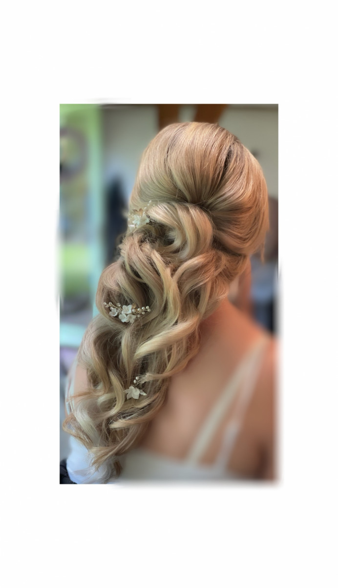 - Make Me Bridal Artist: Hairbydanielle. #weddingweddinghairweddinginspobridebridehairveildevonwedding