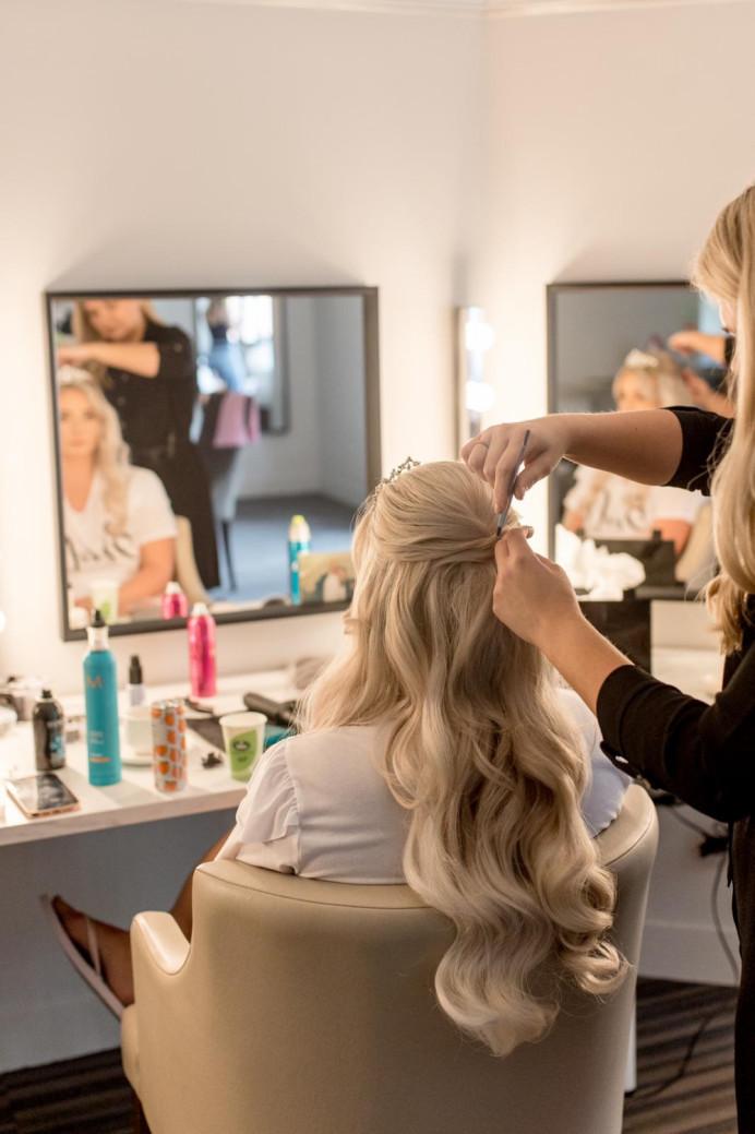 - Make Me Bridal Artist: Hairbydanielle. #halfuphair