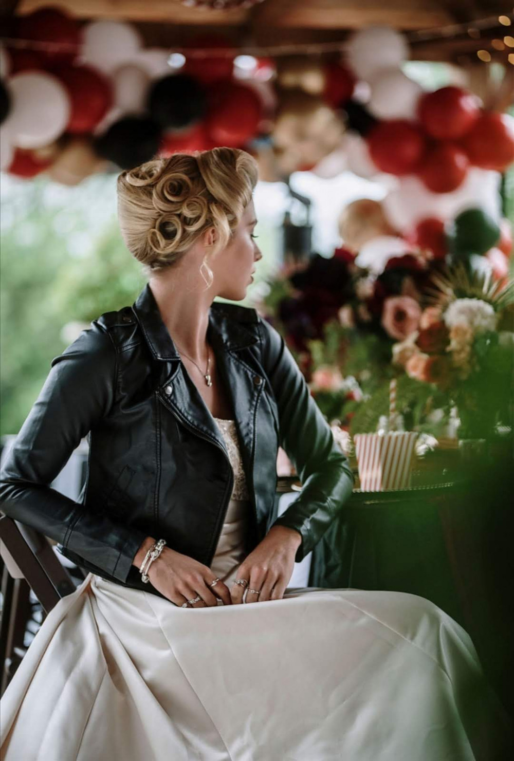 A super fun and dramatic updo for a vintage bride that will turn heads! - Make Me Bridal Artist: Hair by Hare. Photography by: Tony Pullen. #vintage #bridalhair #updo #bridalhairup #vintagehair #quirky #vintagebride