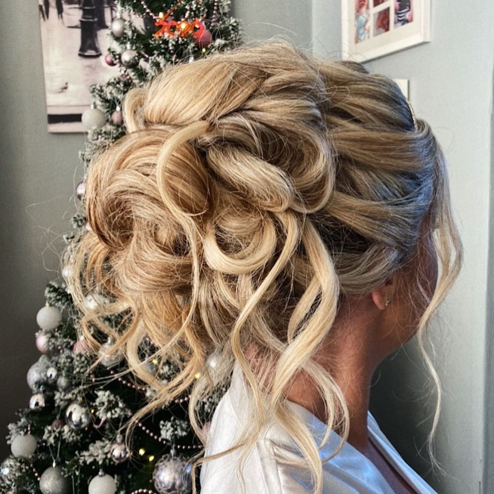 Christmas Bride - Make Me Bridal Artist: Hair Creations By Colette. #glamorous #updo