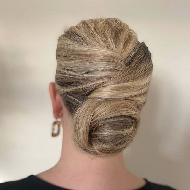 Sleek glamorous updo - Make Me Bridal Artist: Hair Creations By Colette. #classic #glamorous #updo #frenchroll #modernfrenchpleat