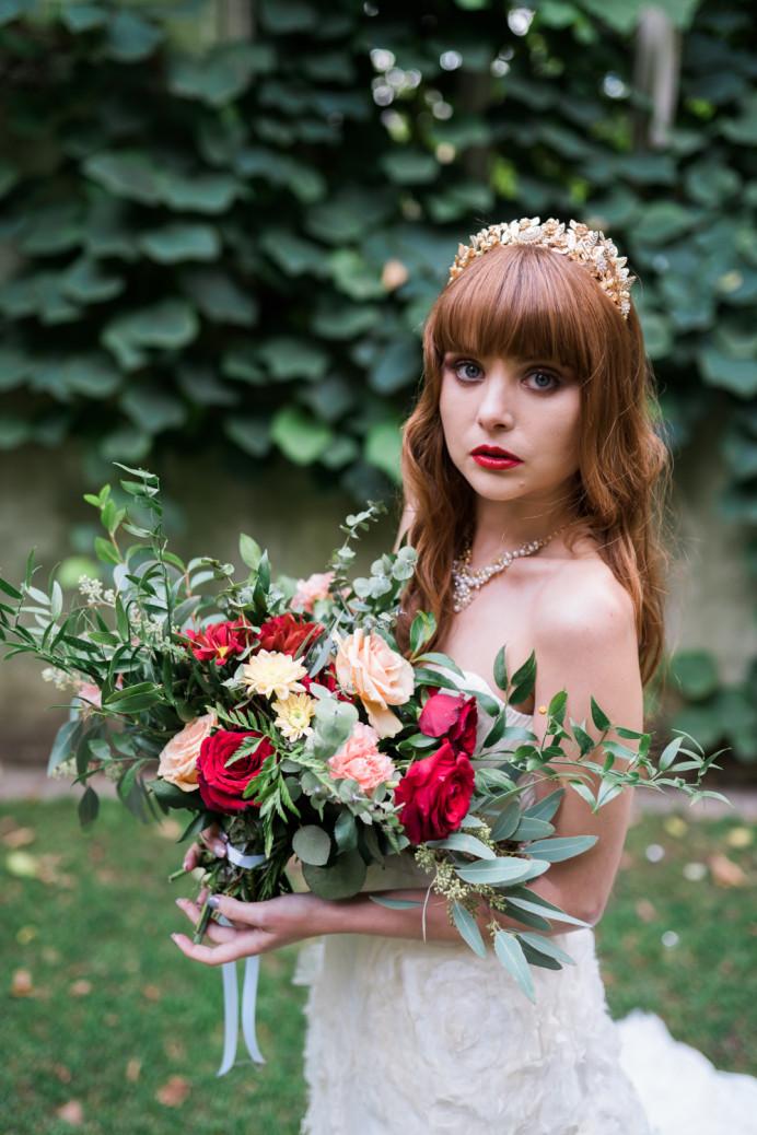 Vintage inspired bride - Make Me Bridal Artist: Mels Brides. Photography by: Martine Spijksma. #vintage #glamorous #londonbride #londonmakeupartist